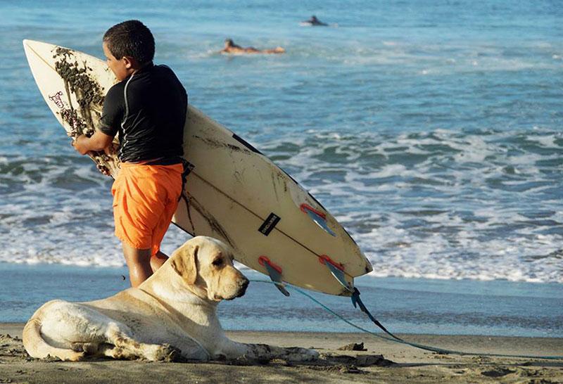 Surf Volunteer Trips - Peru
