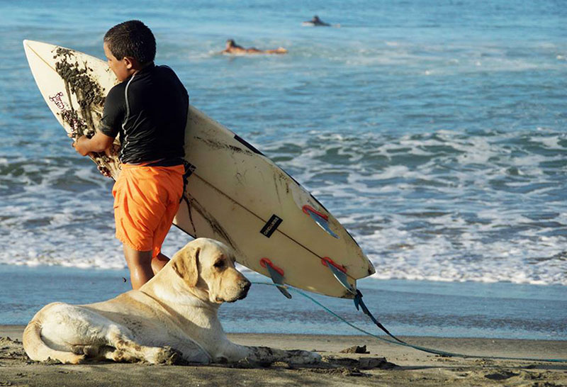 Surf Volunteer Trips - Peru